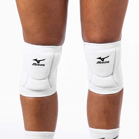 Mizuno Other - Mizuno Volleyball Knee Pads